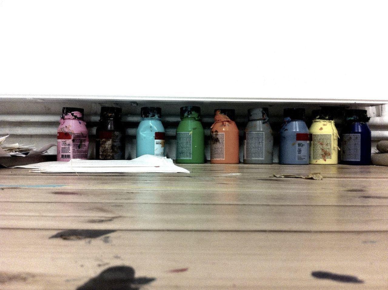 tidying up art at Fellini Gallery Tidying Up Art