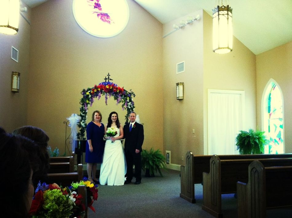 The bride with her mom and dad