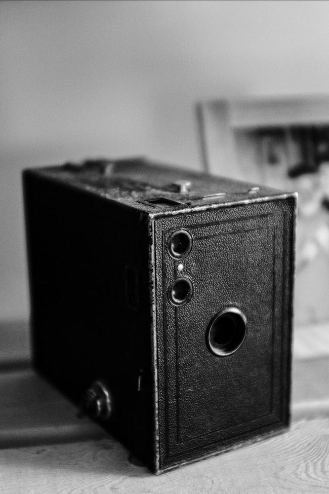 Cameraporn Check This Out Monochrome_life Monochrome_Monday Monochromatic Monochrome Brownie Brownie. Camera Kodak Kodak Brownie Vintage Camera Vintage Cameras FujiX100T Fujifilm X100T Blackwhite B&W Collection Eyem Best Shot - My World Antique MonochromePhotography EyeEm Best Shots EyeEm Masterclass EyeEm Gallery EyeEmBestPics Black & White My mother's Kodak Brownie given to her in 1930 on Kodak's 50th anniversary. Wabi-sabi