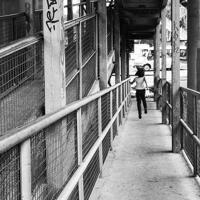 Flotar EyeEm Best Shots EyeEm Best Shots - Black + White Streetphotography Streetphoto_bw
