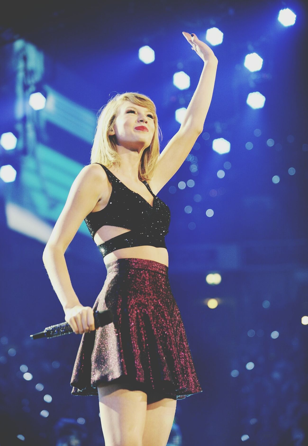 Come back, be here.. Taylor Swift TaylorSwiftConcert 1989worldtour Tayloralisonswift 1989 Vintage.