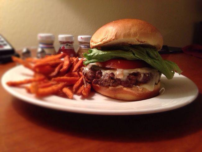 Late Night Snack! ⇢ Black Angus #Burger [w/ Vermont White Cheddar, caramelized Onions on Brioche Bun] Room Service
