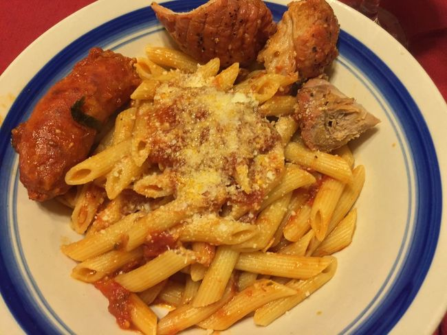 Tonight I made penne with hot Italian sausage and pork roast, topped with fresh grated Locatelli cheese. Served with our 2013 Californian Merlot. ICanCookMyAssOff ItsAnItalianThing Pasta HomemadeItalianWine Nomnombomb Food Porn Awards MyFoodPics Food Porn