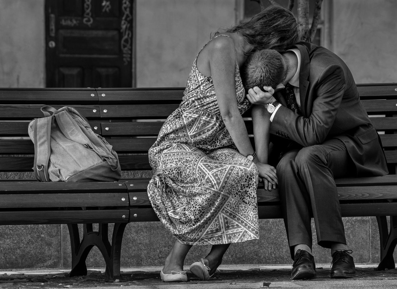 Russia, Moscow, love, affection, kissing, man, woman, bench Kissing Adult Affection Bench Bonding Childhood Day Full Length Indoors  Lifestyles Love Love Man Moscow People Piano Real People Russia Sitting Togetherness Two People Woman Women Young Adult Young Women