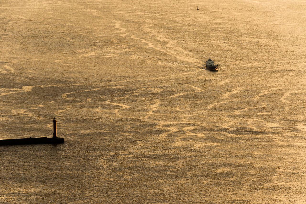 帰港中 潮目 Current rip Sea View Sunset OSAKA Japan Sea Magic Hour From My Point Of View Pastel Power Ship 43 Golden Moments Sea_collection Colour Of Life Color Palette My Fevorite Place The City Light Long Goodbye