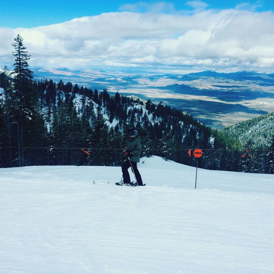 Skiing Snow Winter Cold Temperature Winter Sport Ski Holiday Sky Outdoors Landscape One Person Nature EyeEmNewHere
