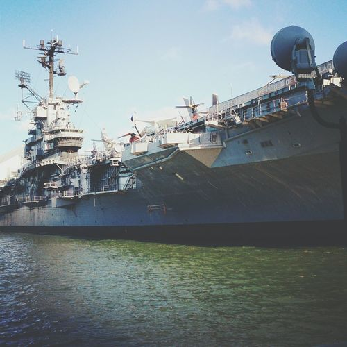 Decommission aircraft carrier Hudson River NYC NYC Harbour