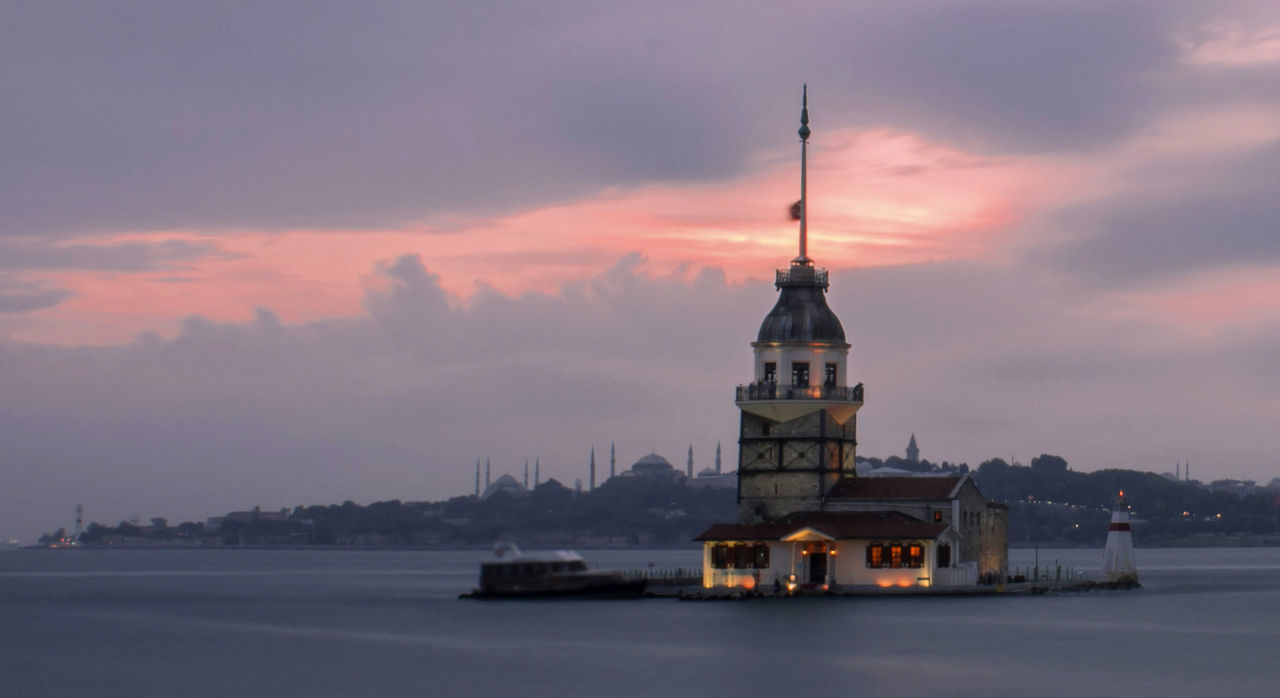 Sunset Cloud - Sky Sea Sea And Sky Cityscapes Landscape_Collection Long Exposure Maiden Tower Istanbul City EyeEm Gallery