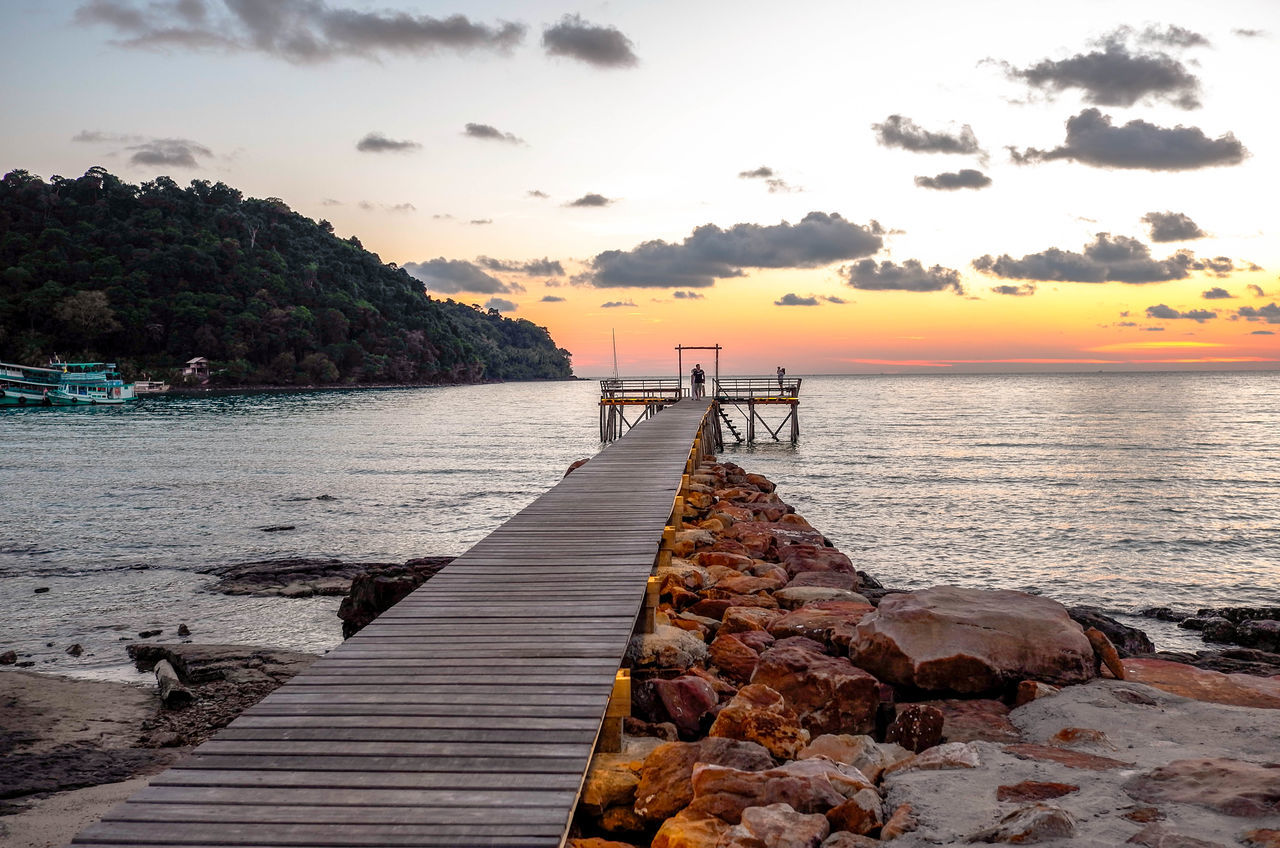 Bridge Koh Kood Nature Sky Stunning_shots Stunningview Sungoesdown Sunset Sunset_collection Thailand Tranquility