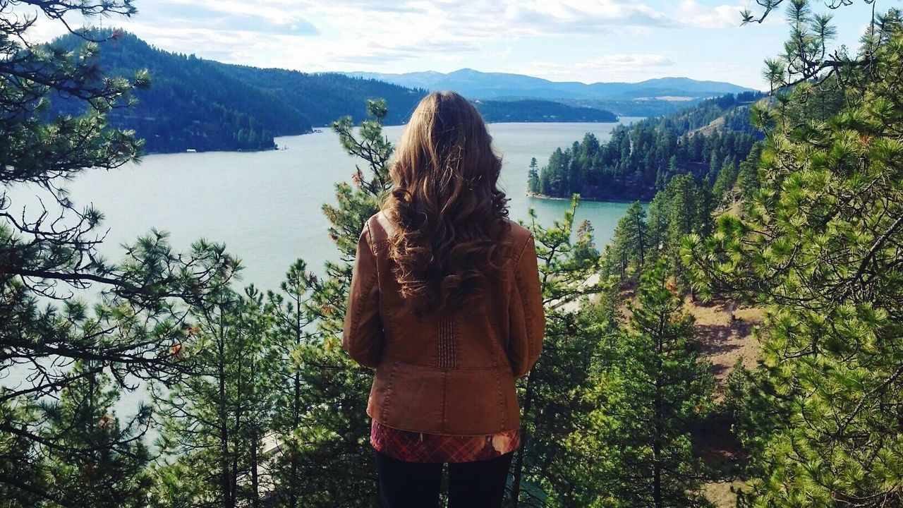 Check This Out Taking Photos Mountains Lake Water Saturday Photography Girl Hair Scenery