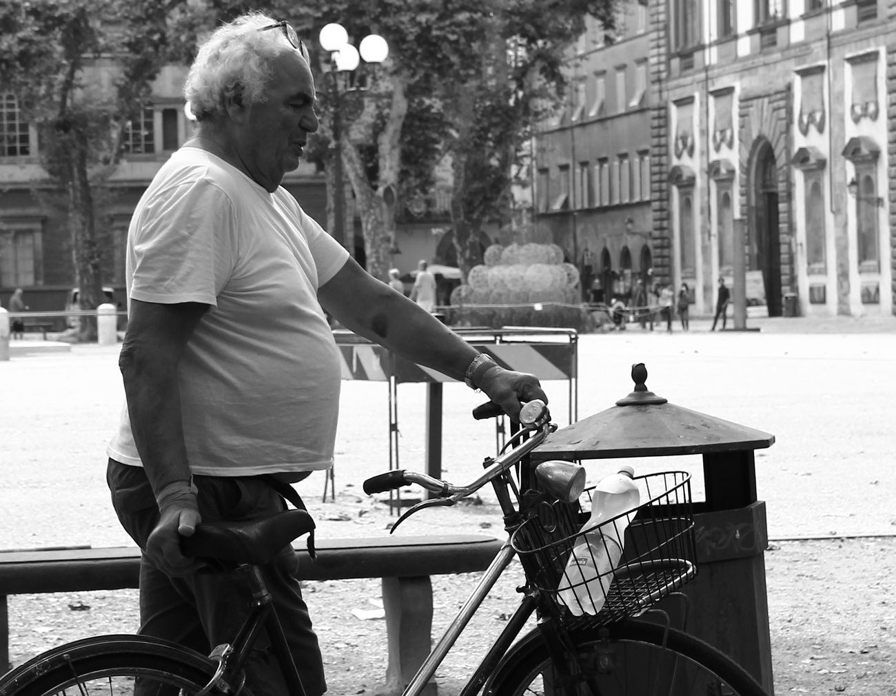 Bicycle Cycling City Break One Person Outdoors Real People One Man Only Break