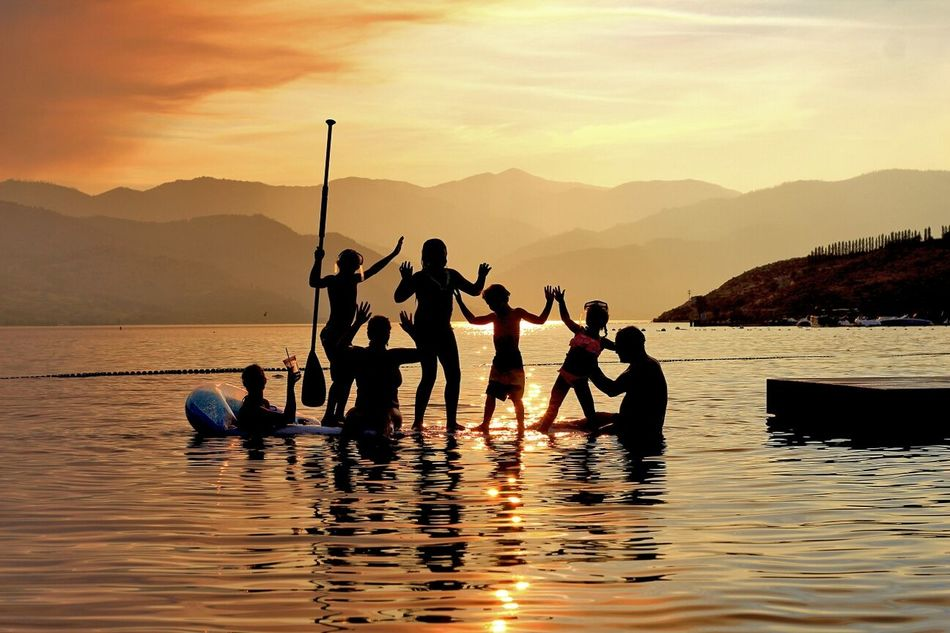 People Together Youth Of Today Adventure Buddies 43 Golden Moments Experiencing Life The Tourist Travel Stories Travel The Moment - 2015 EyeEm Awards Collected Community What I Value Silhouettes Sound Of Life Pacific Northwest  Sunset Silhouettes Growing Better Sunset silhouette