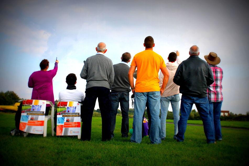 Group Of People Juges D'acrobatie Aéronautique