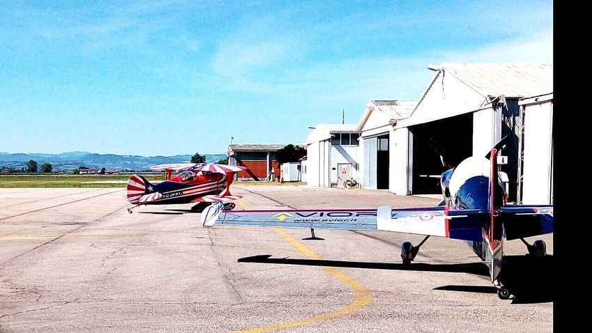 Aircraft Planes Planes In The Sky Race Planes Acrobatic Flight Airshow Transportation Engines Gasoline
