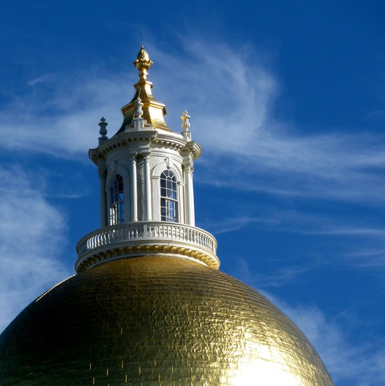 The roof of the Massachusetts State House Architecture Blue Building Exterior Built Structure Cloud - Sky Day Dome Gold Golden History Neighborhood Map No People Outdoors Roof Sky Statue Sunny Travel Destinations The Architect - 2017 EyeEm Awards Massachusetts State House Paint The Town Yellow