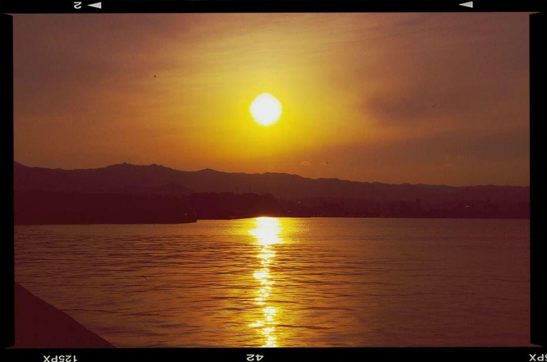 夕焼け Sunset たたずむイズム あたたかい 金曜ロードショー