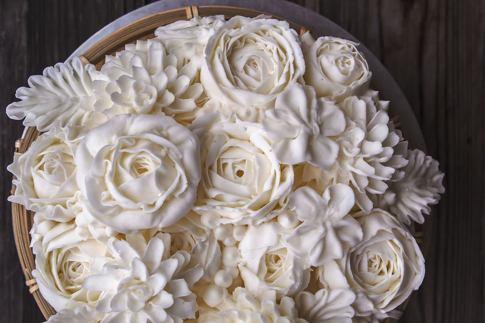 buttercream decorated Buttercream Cake Close-up Decorated Flower No People White Flower Woodtable
