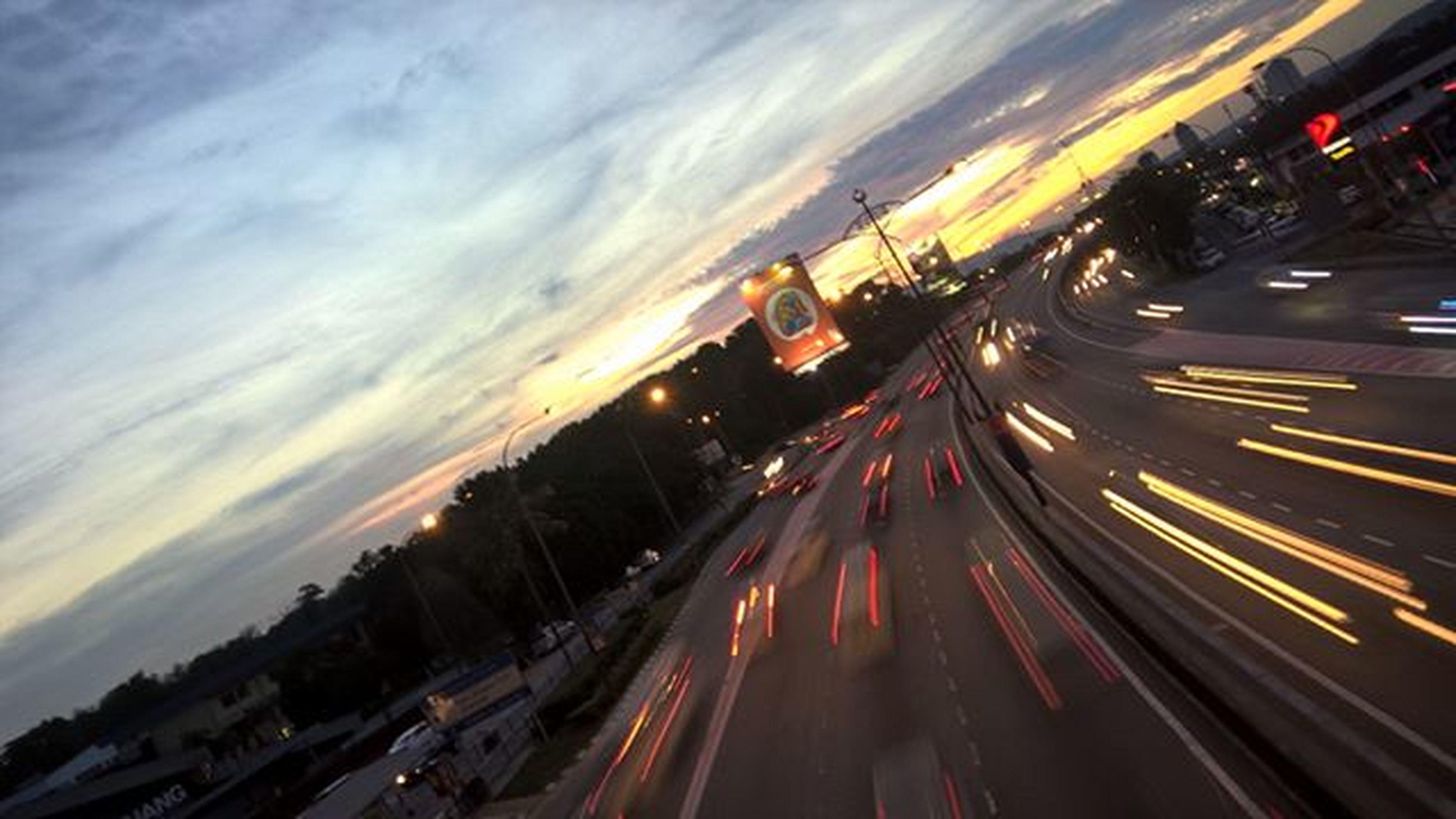 • Light Tail • Lumia830 Mobilephotography Lumiaphotography Nban ShotOnMyLumia  Editbylumiacreativestudio Longexposure Lighttrails Windowphonephotography Cities At Night