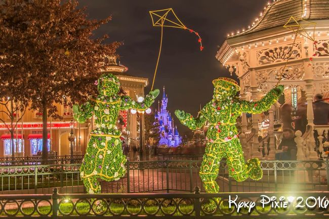 Illuminated Night Tree Building Exterior Statue Architecture Sculpture Lighting Equipment Built Structure Human Representation Art And Craft City Green Color Growth Decoration Sky Branch Culture Outdoors Electric Light Hdrphotography Disneyland Resort Paris Disneyland Paris HDR Disney
