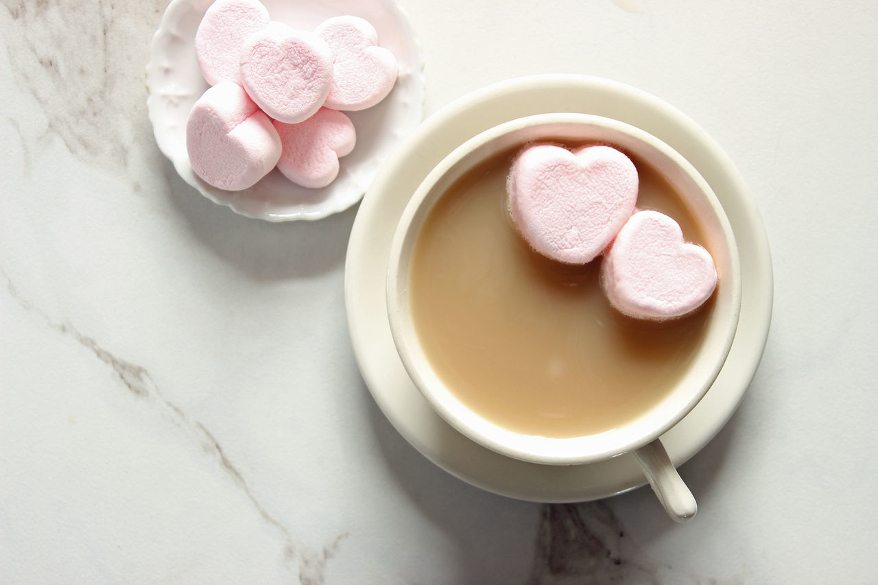 Love in a cup Background Beverage Conceptual Food And Drink Food And Drink Greeting Card  Heart Shape Hot Chocolate Hot Cocoa  Marble Marshmallows No People Overhead Overlay Pink Hearts Romantic Table Template Valentine's Day  Whimsical