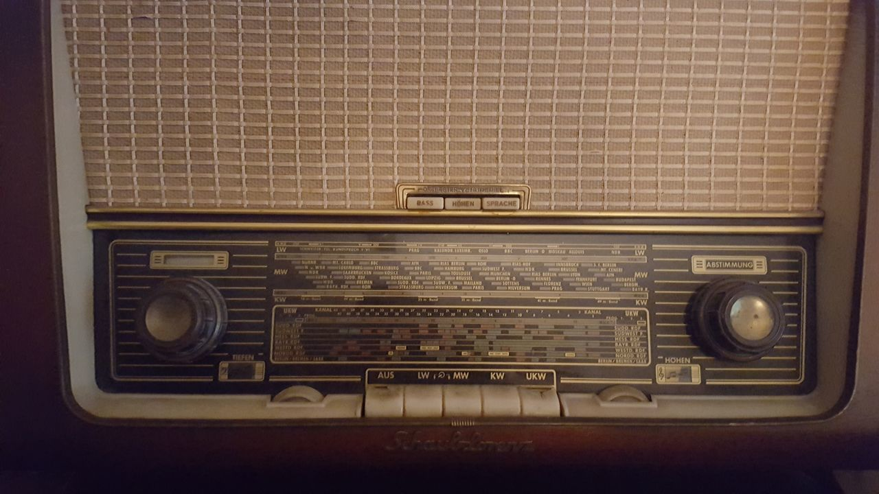 Lieblingsteil Old-fashioned Old Retro Styled Music Analog radio Arts Culture And Entertainment Antique Vintage Music