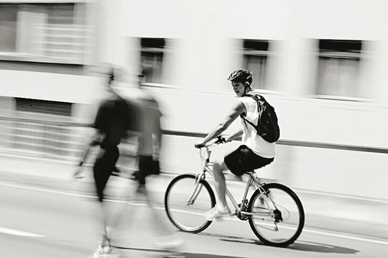 Speed Cycling Black & White Animal Photography Sreetphotographer Street Life City People Transportatstreetphotog