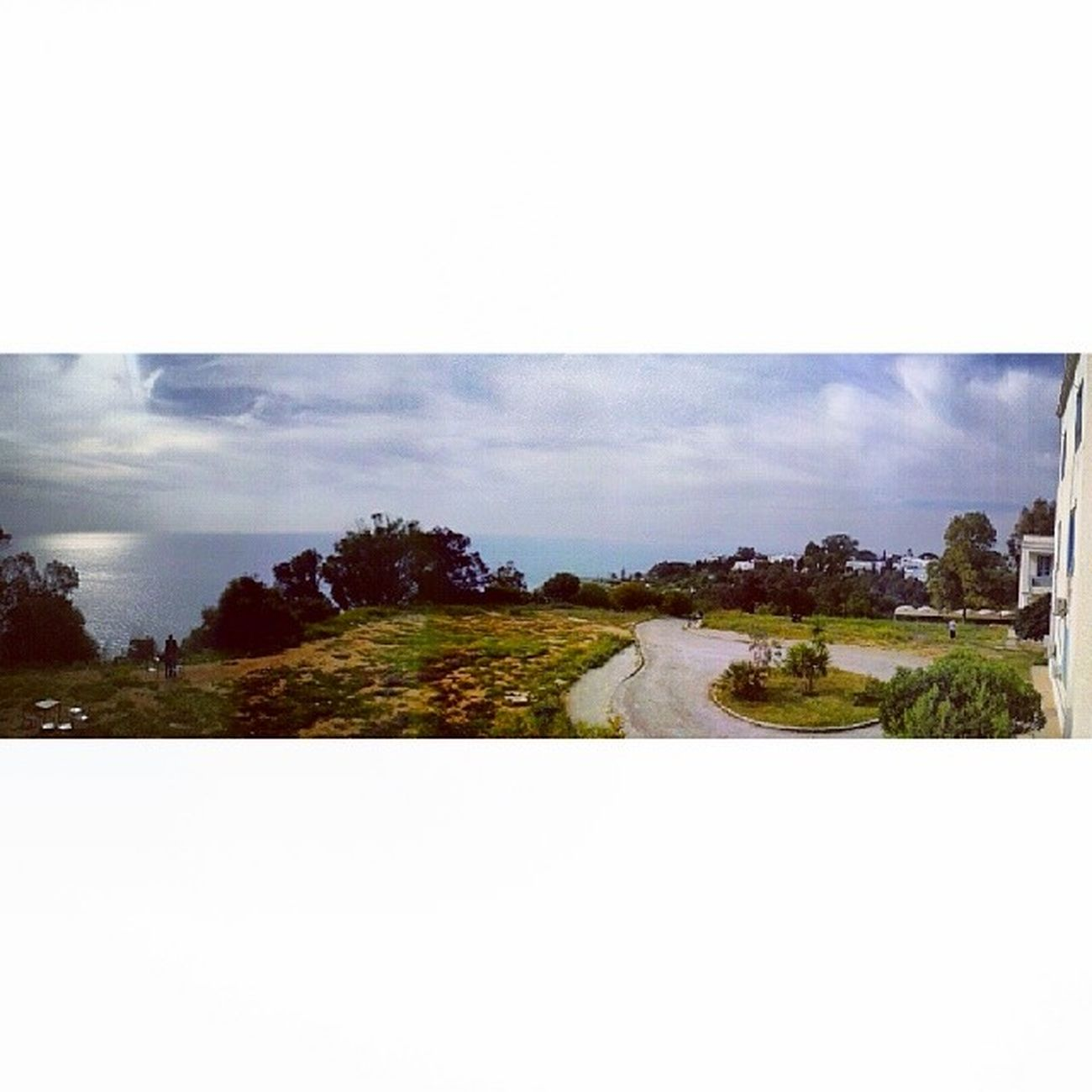 Idreamoftunisia InstagramTunisie Instagramtn Cloudy sky beach awesome stunning view IHEC Carthage Tunisia 100daysofhappiness 100happydays day5 studying in such a beautiful place :)