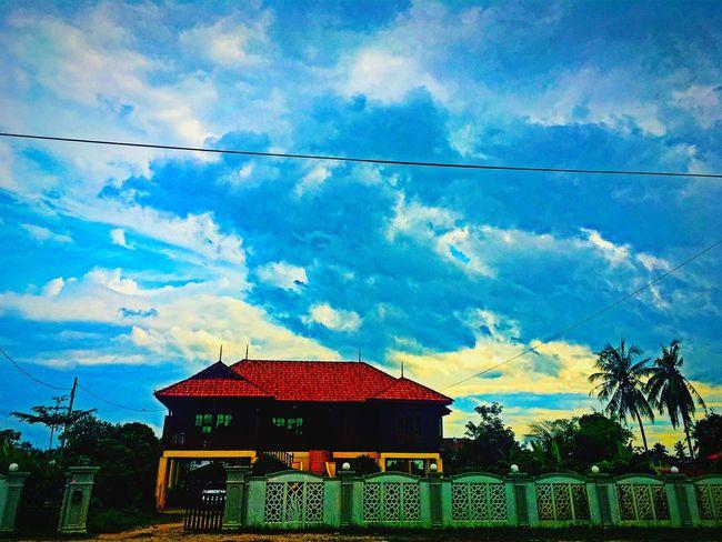 Kampung House Standing Strong Beautiful Sky Pictures Fantastic View Awesome Kota Bahru Kelantan #malaysia