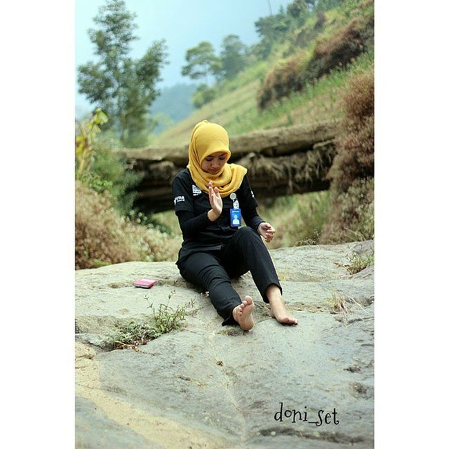 Sungai kering Sungai Gunung Sumbing Hijab Jilbab Bri  BankRakyatIndonesia