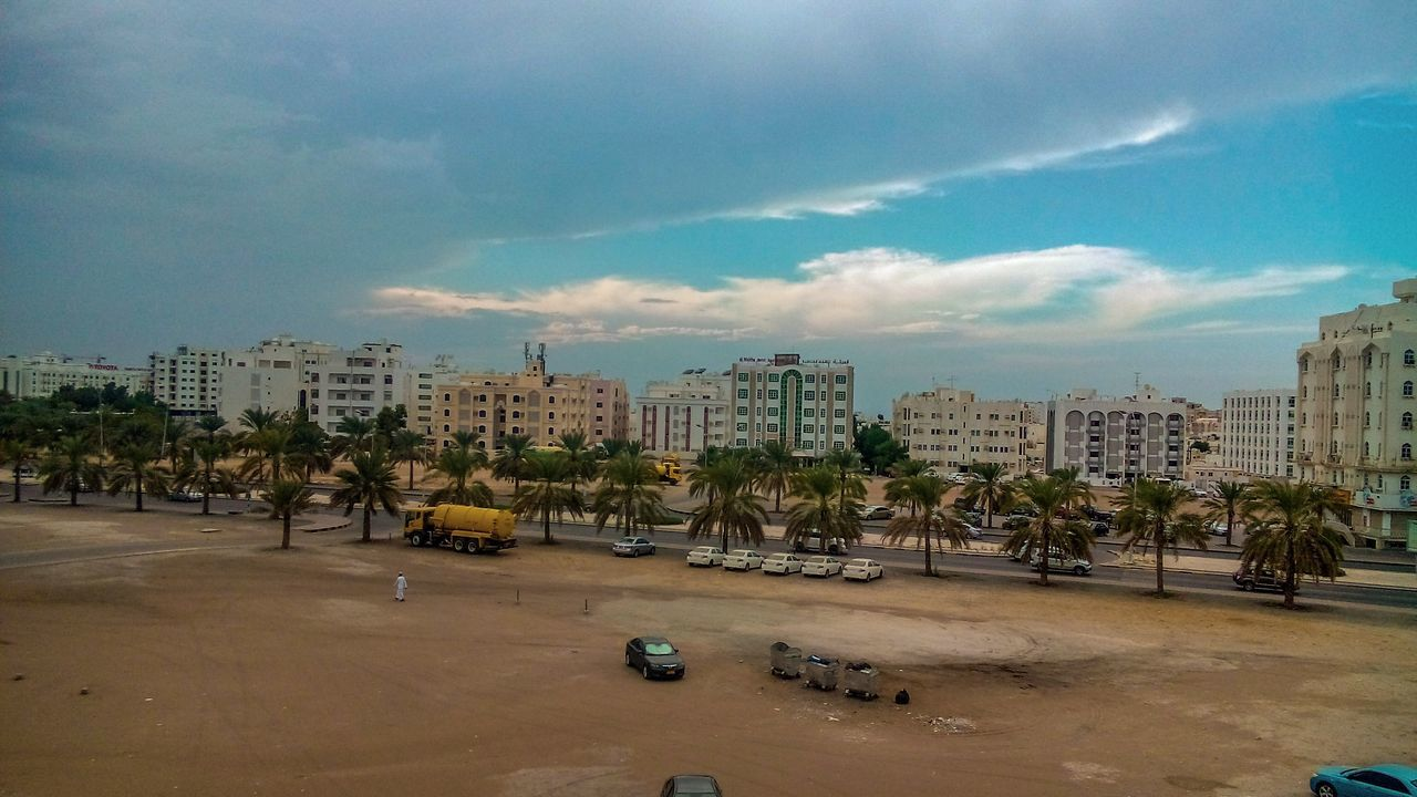 cloudy day in alkhuwair Clouds And Sky Clouds Amazing View Photooftheday Enjoying Life Nature Beautiful Oman Muscat Alkhuwair