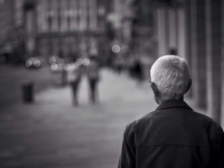 Beautiful stock photos of senior, A Coruña, Building Exterior, City Street, Day