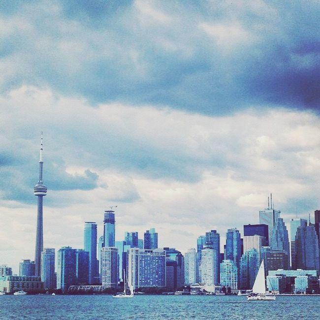 The city of glass! Toronto Canada Toronto Torontophotography Cntower