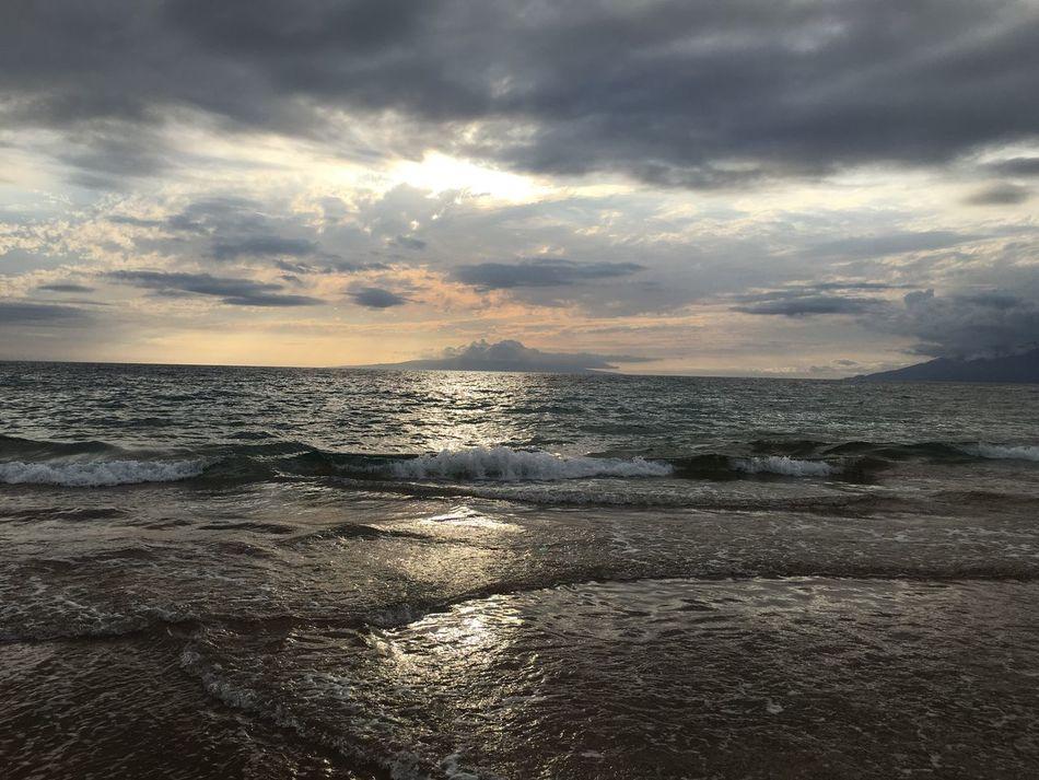 Maui Beach Beauty In Nature EyeEmNewHere ocean Maui Hawaii Mauiphotography Sky And Clouds