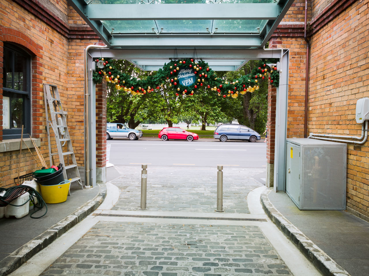 Christmas Present Architecture No People Built Structure Outdoors Christmas Decoration Christmas Present Cars Frame Bricks