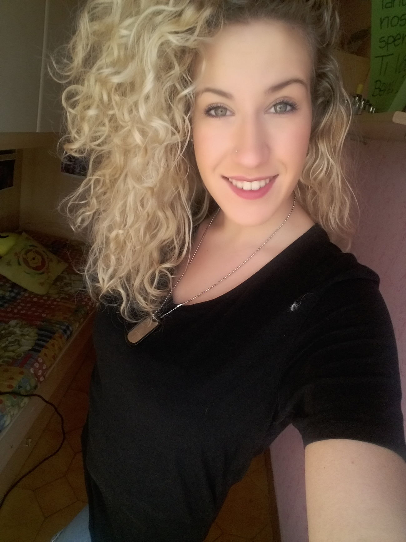 Girl Model Blonde Curly Sexygirl Italian Girl Selfie ✌ Sunday Relax Cheese Beautiful Girls