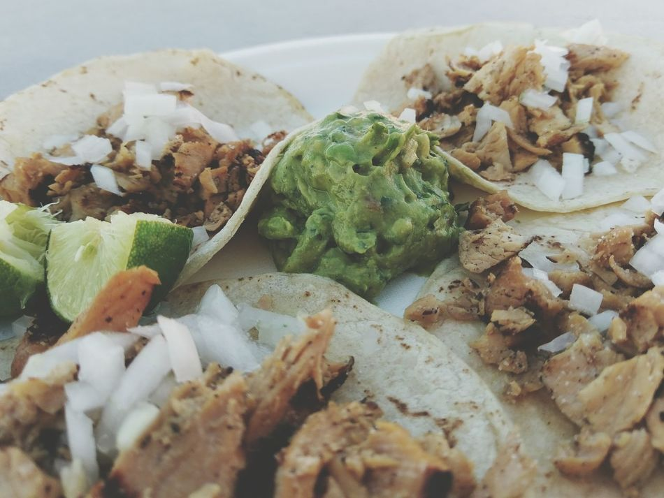Chicken Street Tacos & Guacamole Close-up No People Day Outdoors Foodphotography Meal Foodporn Mexican Mexicano Mexicanfood Appetizing  Convenience Food Freshness Appetizing  Food Food And Drink Mexican Food Ready-to-eat Appetizing  Tacos! Taco Tuesday Guacamoleforever