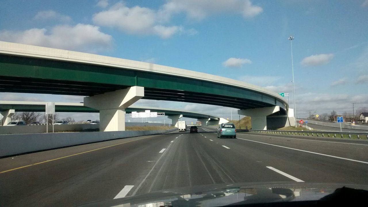 No Edit/no Filter Modern Architecture Pattern, Texture, Shape And Form Car Ride  Vanishing Point