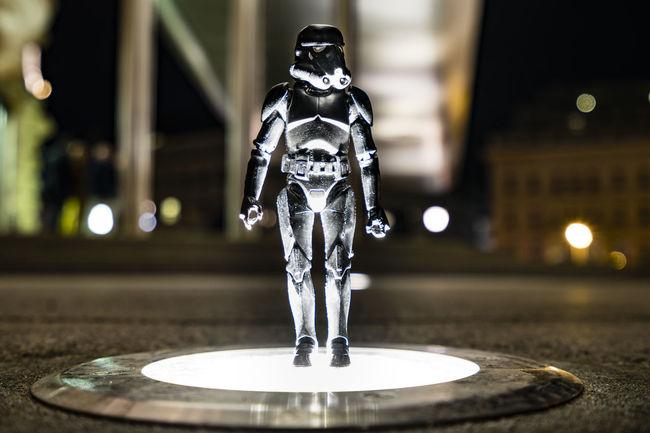 the arrival in vienna Art Buddys On Tour Night Star Wars Love Starwarstoys Stormtrooper Vienna Calling