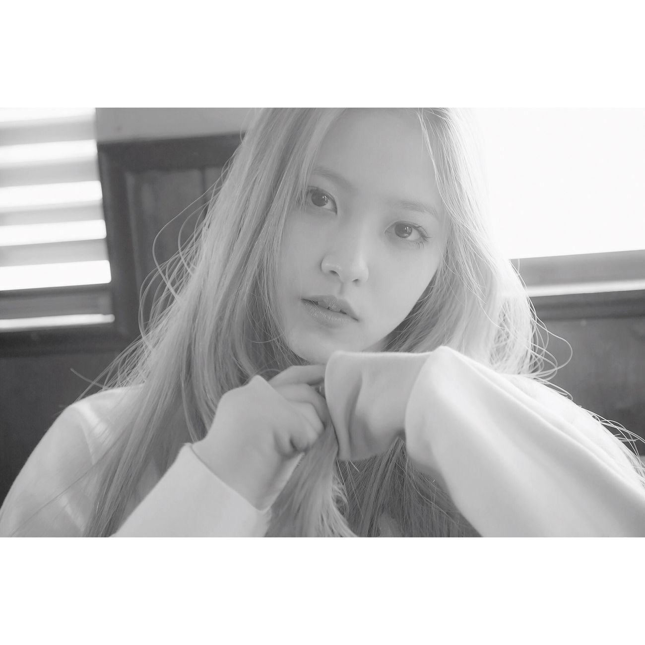 Yeri debuted as the 5th member of Red Velvet with the song 'Ice Cream Cake' Redvelvetkpop Redvelvet Kimyeri Yeri Kpop