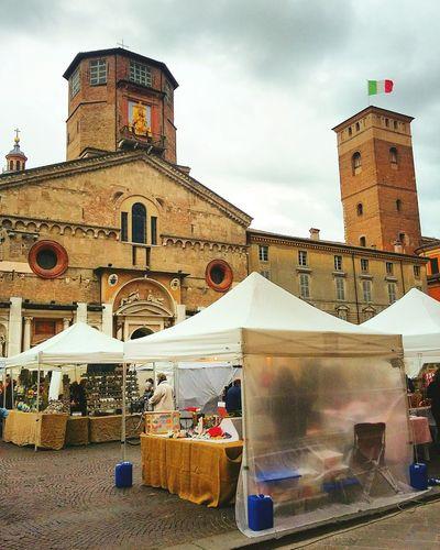 Instagramer Photography Reggioemilia Photographer Vscocam Vscolandscape Vintage Lenses Italy Citycenter VSCO Church Duomo History Focus Mercatini Paneacat Cloudporn