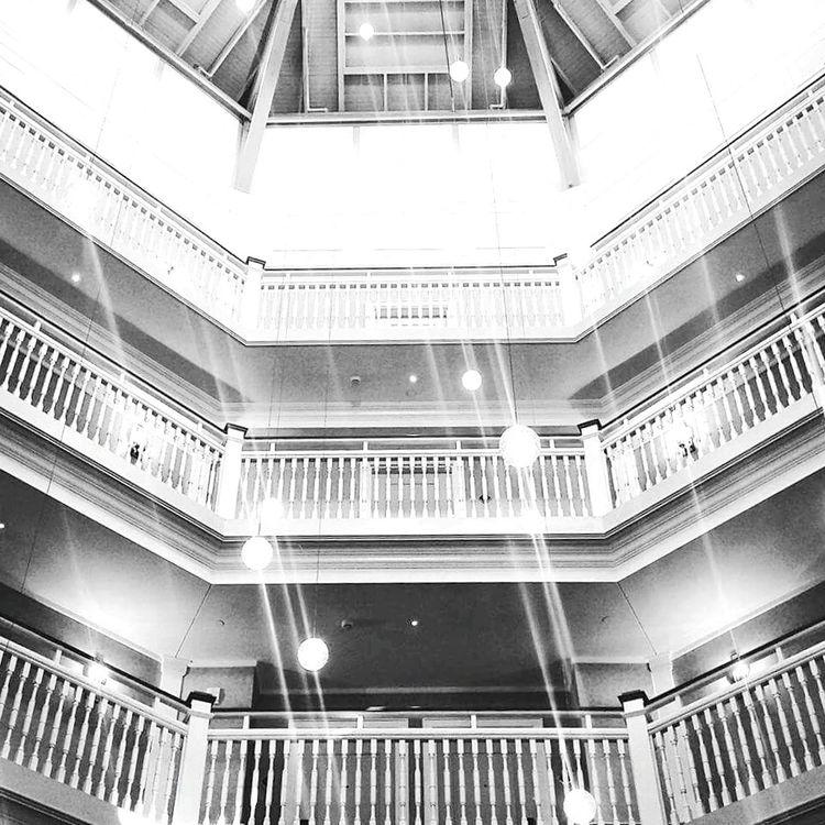 Throwback Architecture Enjoying Life Hotel Ohio CedarPoint Love Blackandwhite PhonePhotography Newbie Photographer Photooftheday Fine Art Showcase July Monochrome Photography