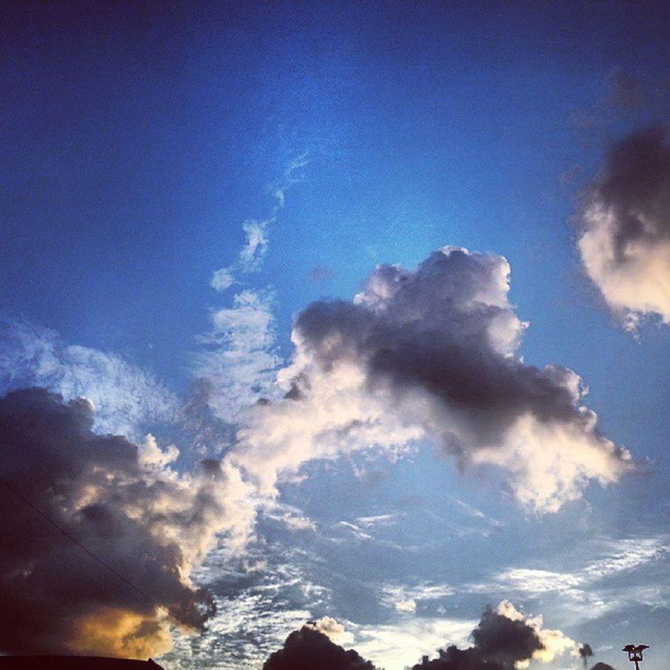 Instacollege Instamood Bulutlar Yolmanzaralari doga istanbul