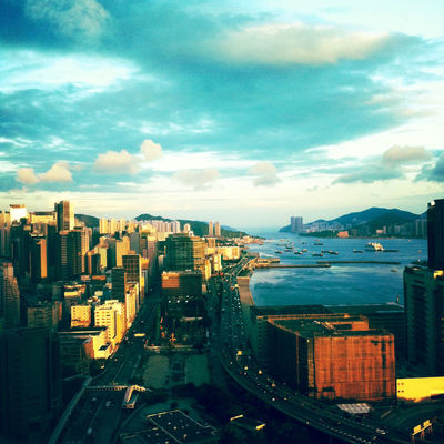 sky at Kowloon Bay by Jose Chow