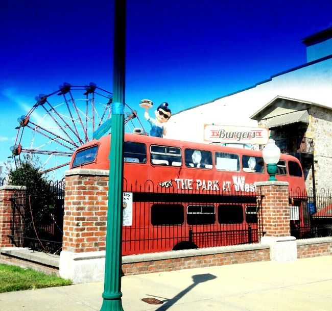 Takeover Contrast Bus Old Bus Ferris Wheel Burger Place Restaurant Restaurant Art Restaurant Scene Pole Street Pole Fence Sidewalk Pig Building Taking Photos Check This Out Photographer Eating The Beauty Of Everyday Things Photography TakeoverContrast