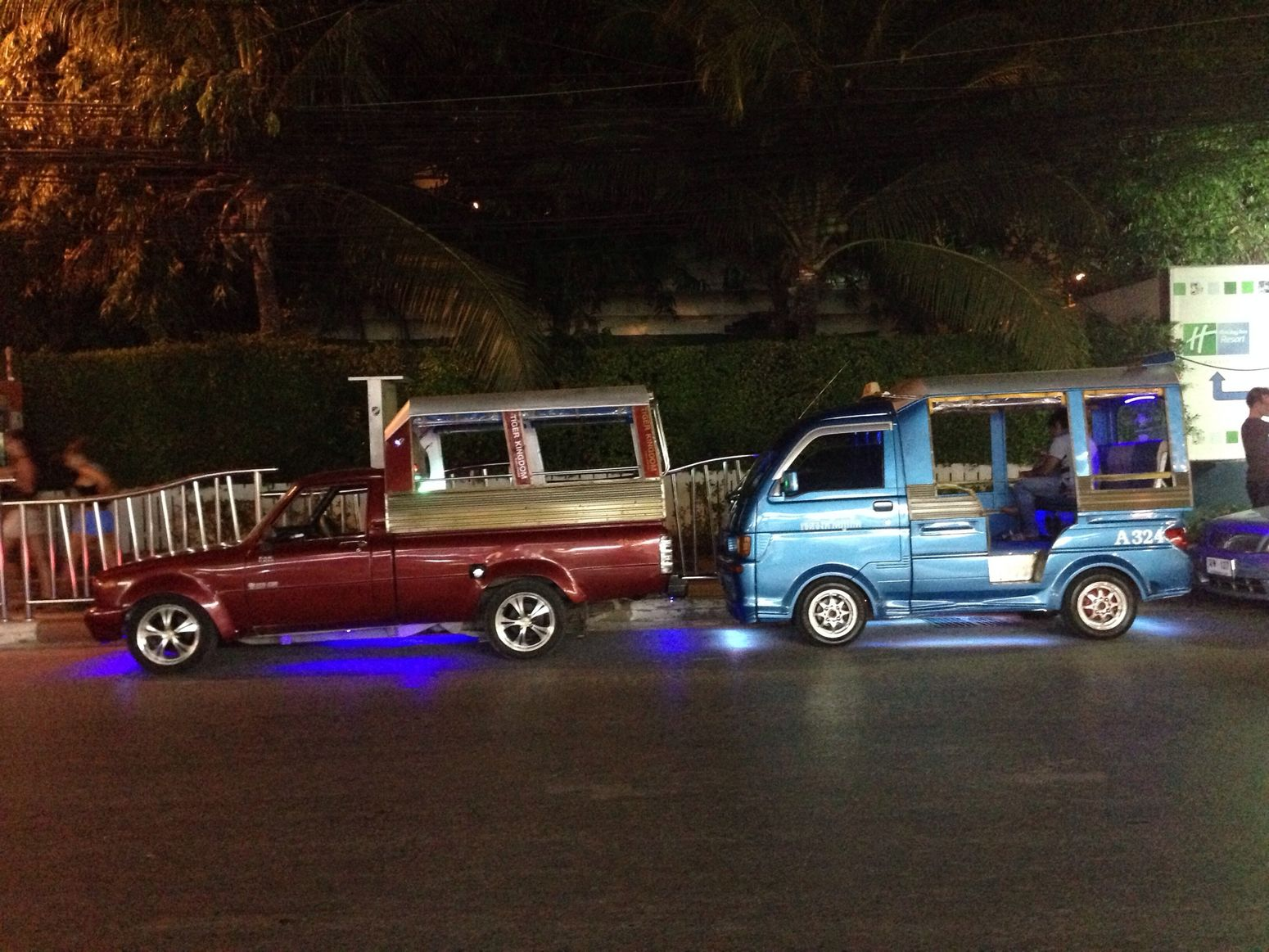 Fast & Farious at Phuket..Awesome car LOL ?