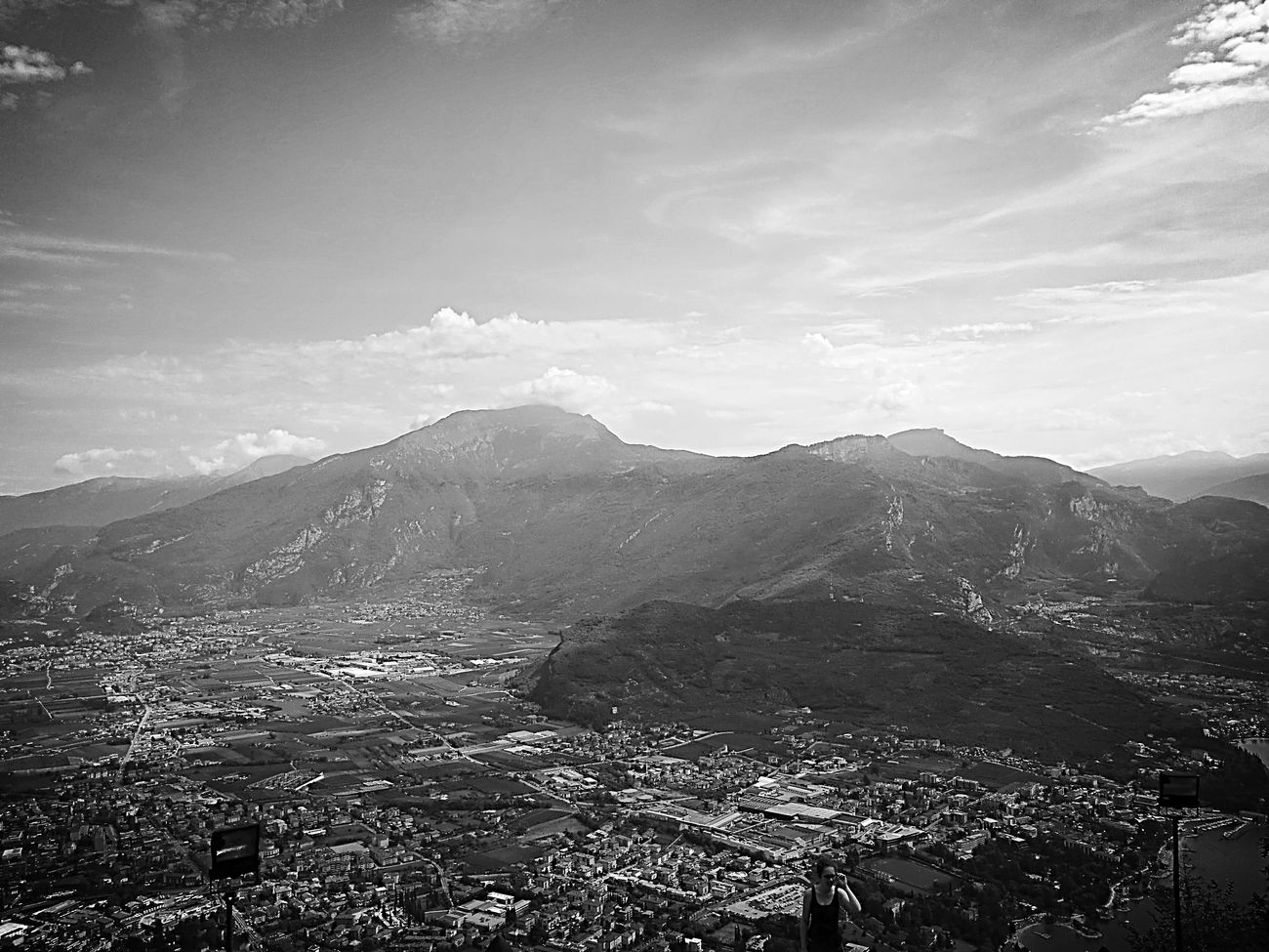 Mountain Landscape Nature Scenics Cloud - Sky Beauty In Nature Outdoors Sky Day No People Nature Italy Travel Destinations Photography Panorama View Prospective Altogarda Rivadelgarda Garda Lake Italy Black&white Blackandwhite Photography Riva Del Garda Naturlover Photographie  Arco (tn)