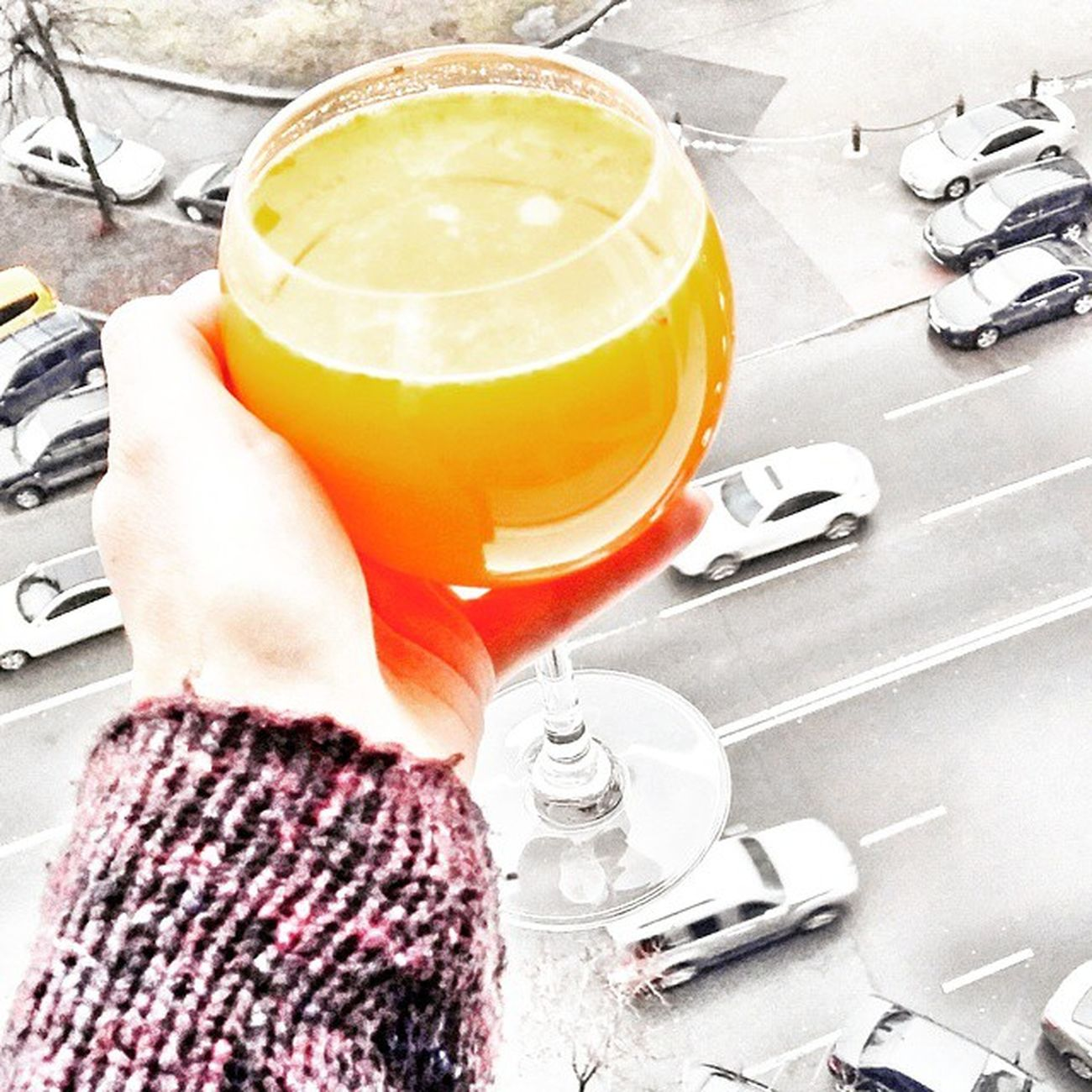 Kiev. A bird's eye view🐦〰 Or a juice's eye view😉🍊🍸 Kiev Kievfood Kievwinter Kievgram Orange Orangejuice Mandarin Mandarinjuice Birdseyeview Juiceseyeview Instaphoto Киев киевскаязима апельсиновыйсок апельсины мандарины