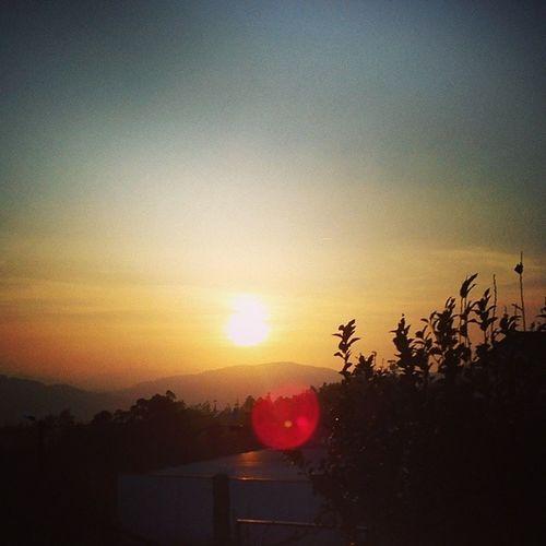 But the Sunshine neves comes. KeepPraying JustKeepPraying WaintingForTheOne Metallica ILoveThis MusicTime Sunset