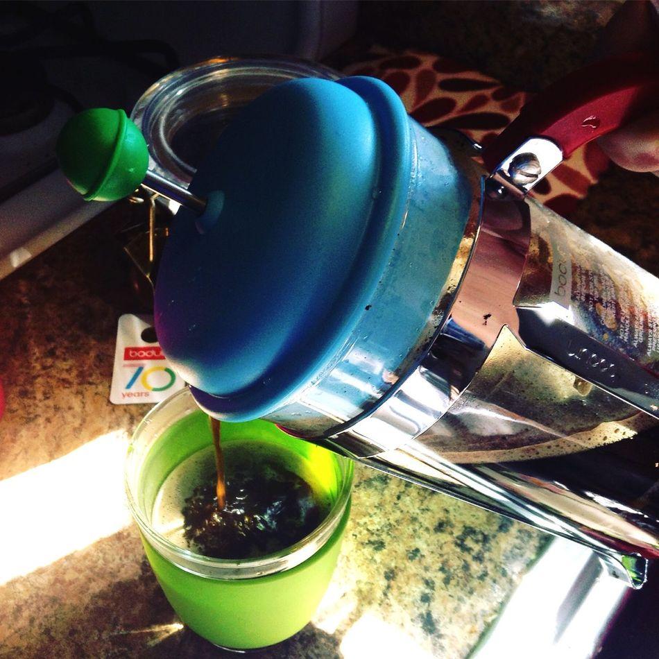 Pretty colors... Yummy coffee.. Frenchpress Coffee Time Hawaii Colors KAU HouseBlend
