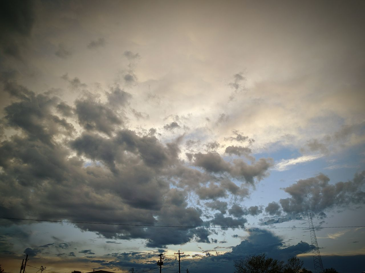 cloud - sky, sky, beauty in nature, scenics, nature, no people, dramatic sky, tranquil scene, tranquility, sunset, outdoors, low angle view, day, storm cloud
